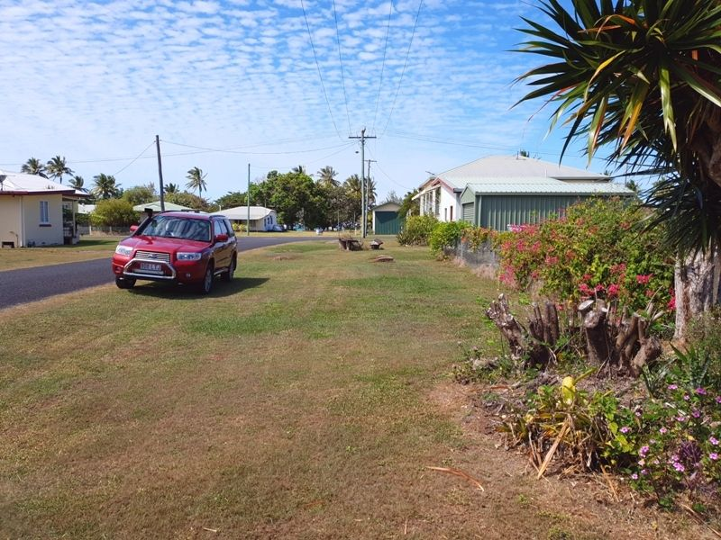 3 Maria St, Kurrimine Beach QLD 4871, Image 1