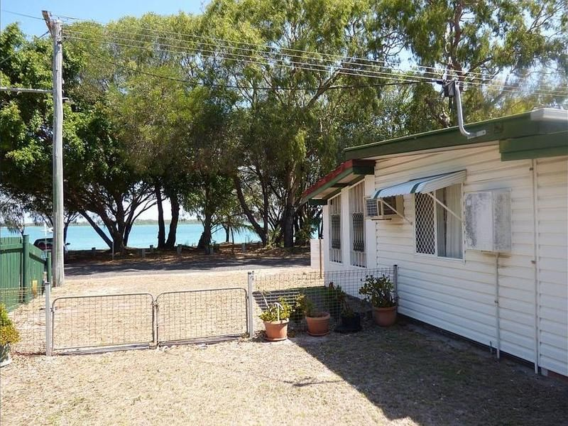 3 Esplanade, Walkers Point QLD 4650, Image 0