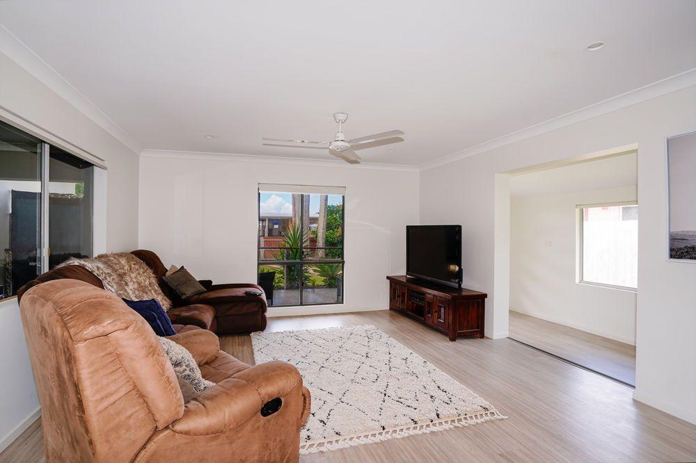 18 Alma Street, Woree QLD 4868, Image 2