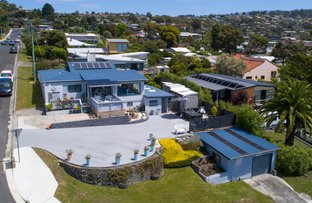 Picture of 62 Wells Parade, Blackmans Bay TAS 7052
