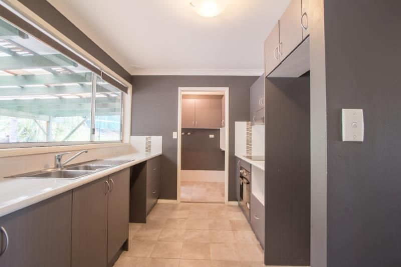 6 Button Close, Darlington NSW 2330, Image 2