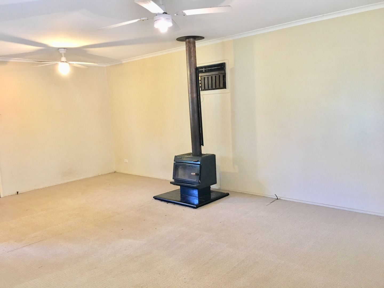 70 Paynes Road, Kembla Grange NSW 2526, Image 1
