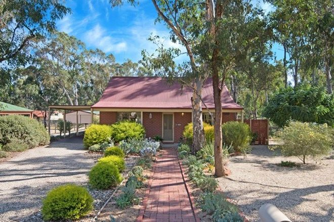 Picture of 1/16 Wattle Drive, HEATHCOTE VIC 3523