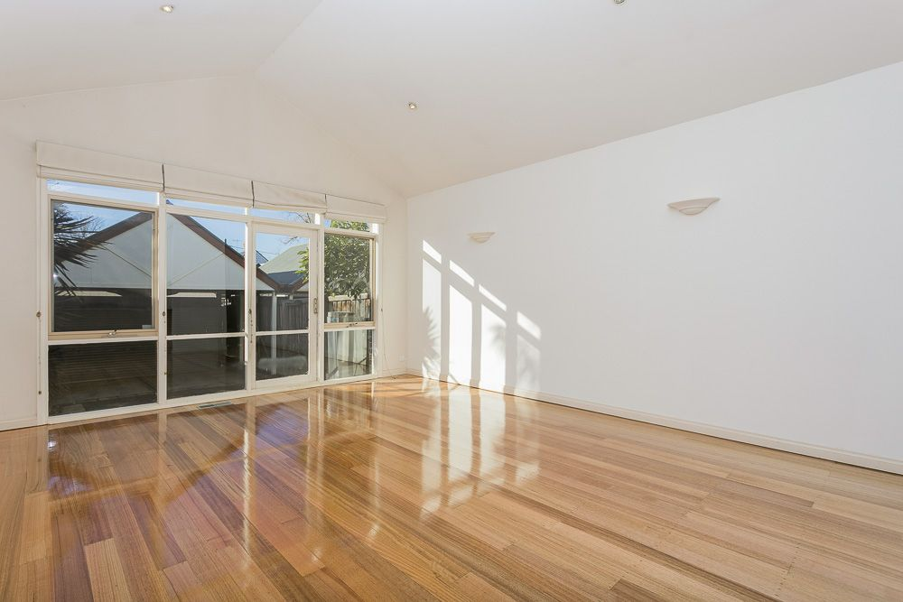 16 Ovens Street, Moonee Ponds VIC 3039, Image 1
