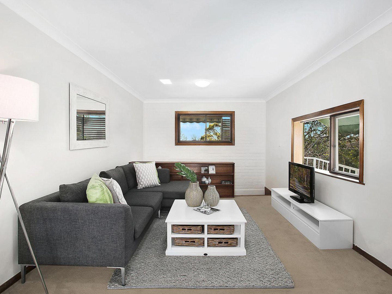 17 Carver Crescent, Baulkham Hills NSW 2153, Image 2