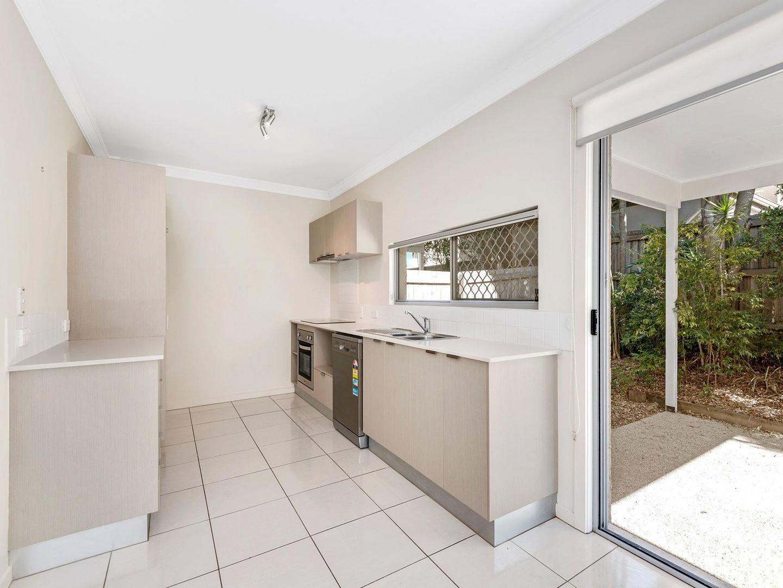 15/17 Hilltop Court, Carina QLD 4152, Image 2