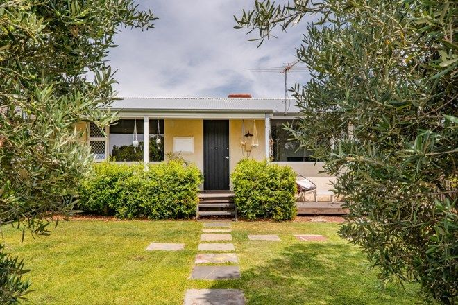 Picture of 69 Gibson Street, BEACONSFIELD WA 6162