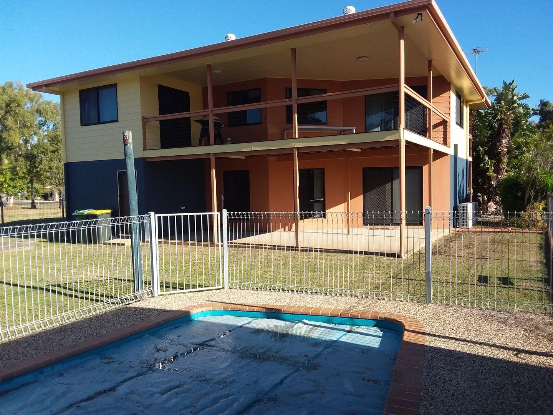 18 Blue Beach Boulevard, Haliday Bay QLD 4740, Image 2