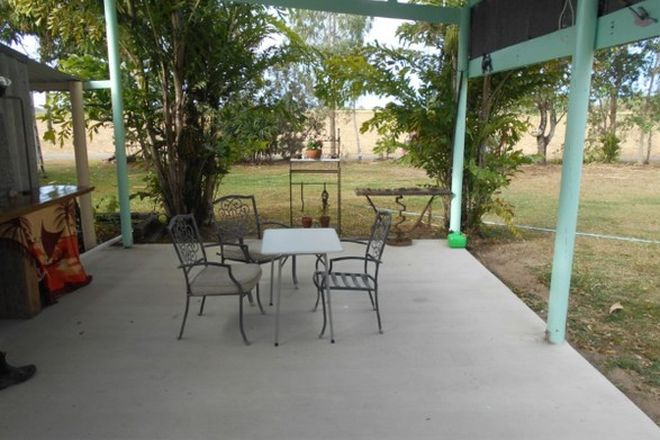 Picture of 32 Mullins Road, BAMBAROO QLD 4850