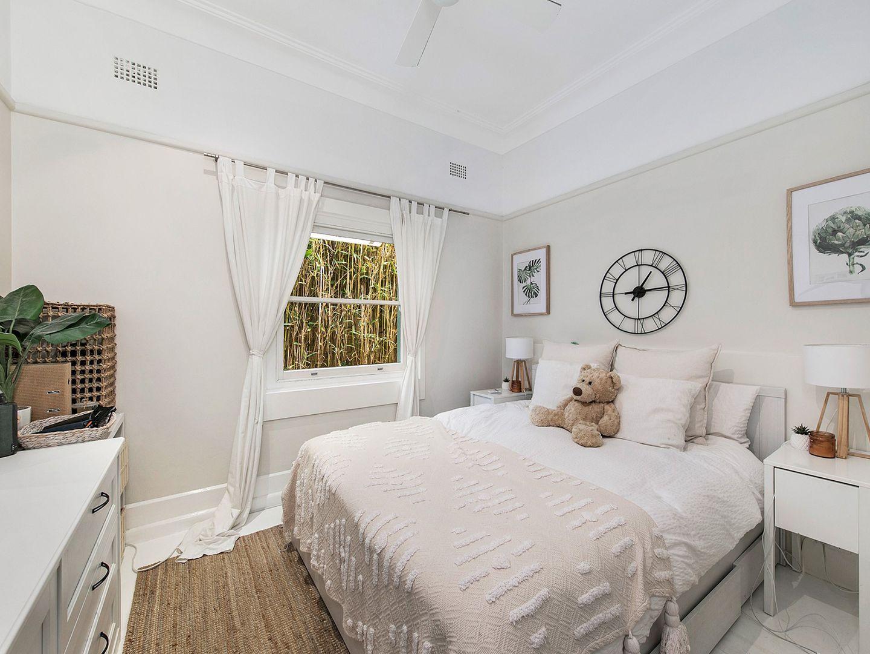 5 Thornton Street, Fairlight NSW 2094, Image 2