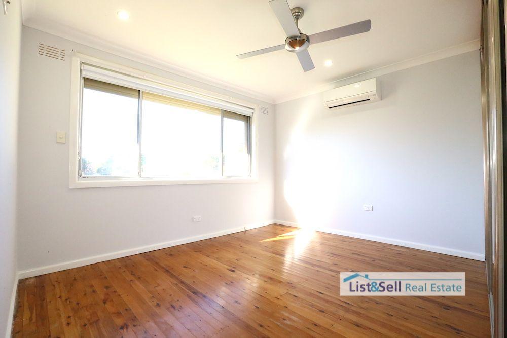 19 Alice Street, Macquarie Fields NSW 2564, Image 2