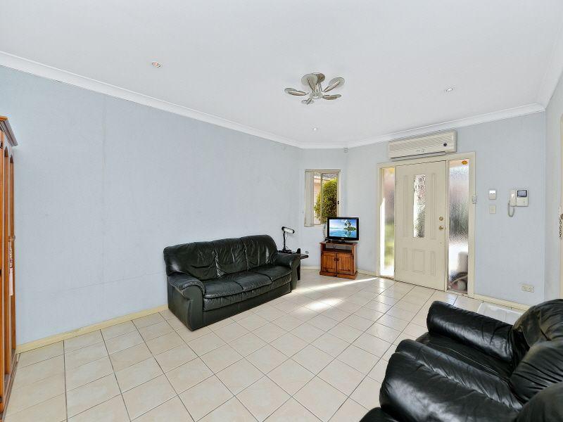 1/1 Margaret Street, Greenacre NSW 2190, Image 1