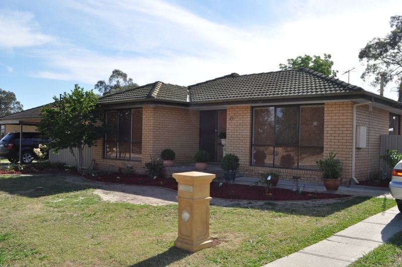37 Hotham Cct, Thurgoona NSW 2640, Image 0