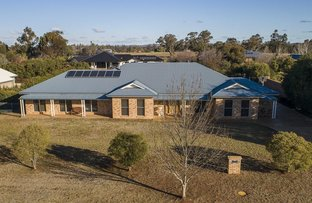 Picture of 19 Noccundra Place, Dubbo NSW 2830
