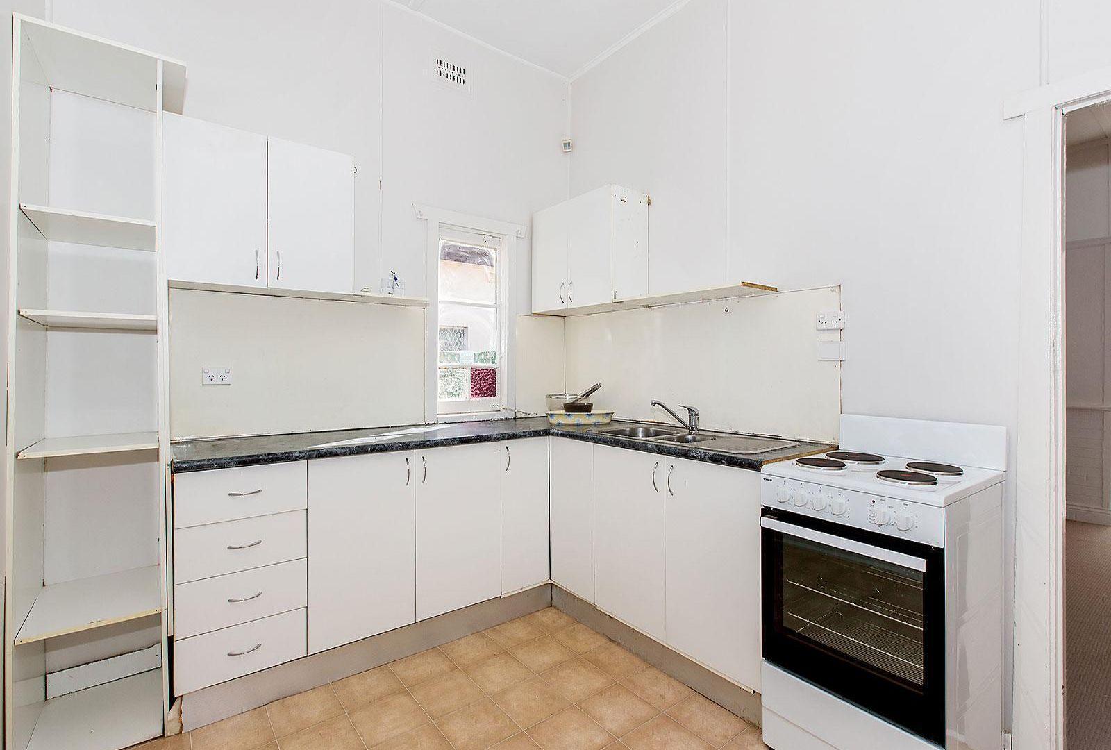 92 Napoleon Street, Sans Souci NSW 2219, Image 2
