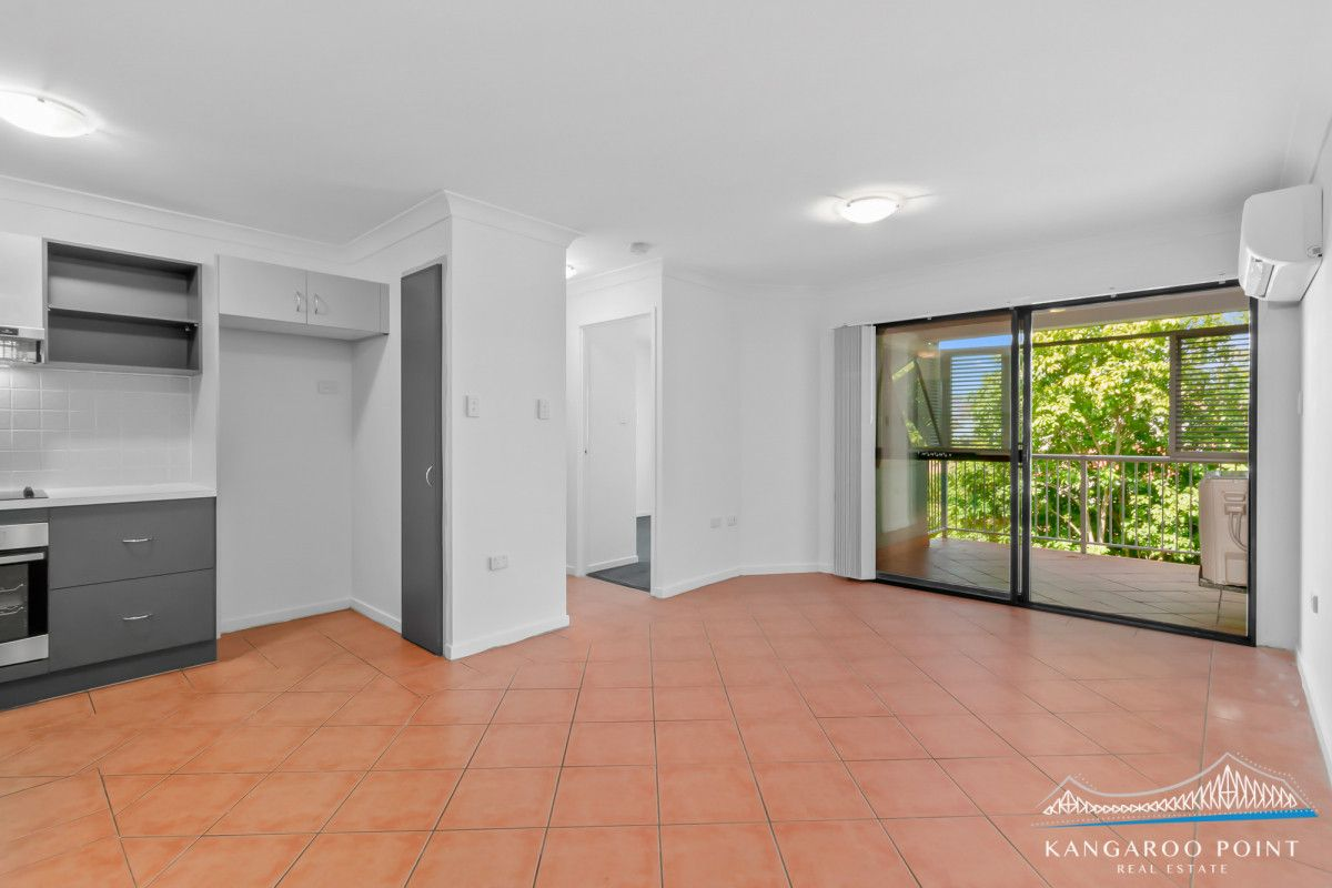 106 Linton Street, Kangaroo Point QLD 4169, Image 1