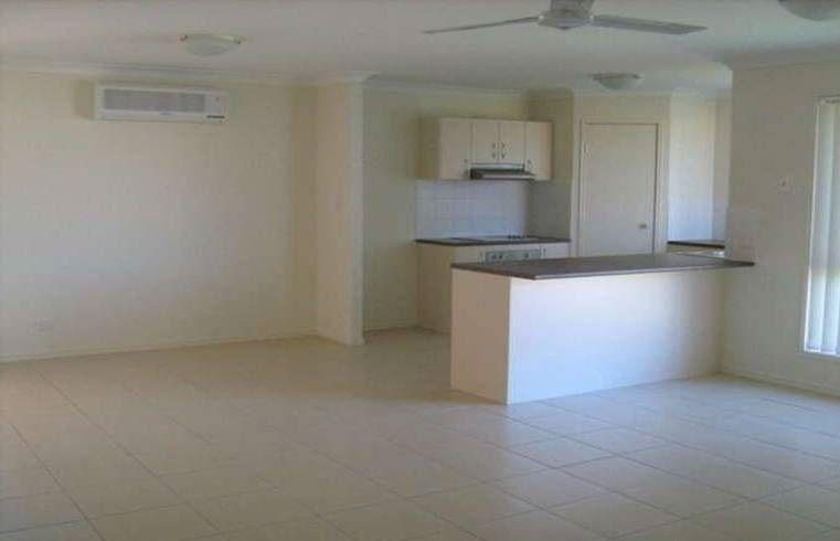 .8 Rhiannon Drive, Flinders View QLD 4305, Image 1