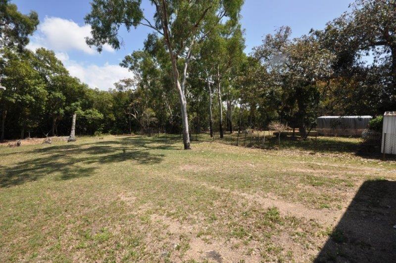 49 John Dory Street, Taylors Beach QLD 4850, Image 2