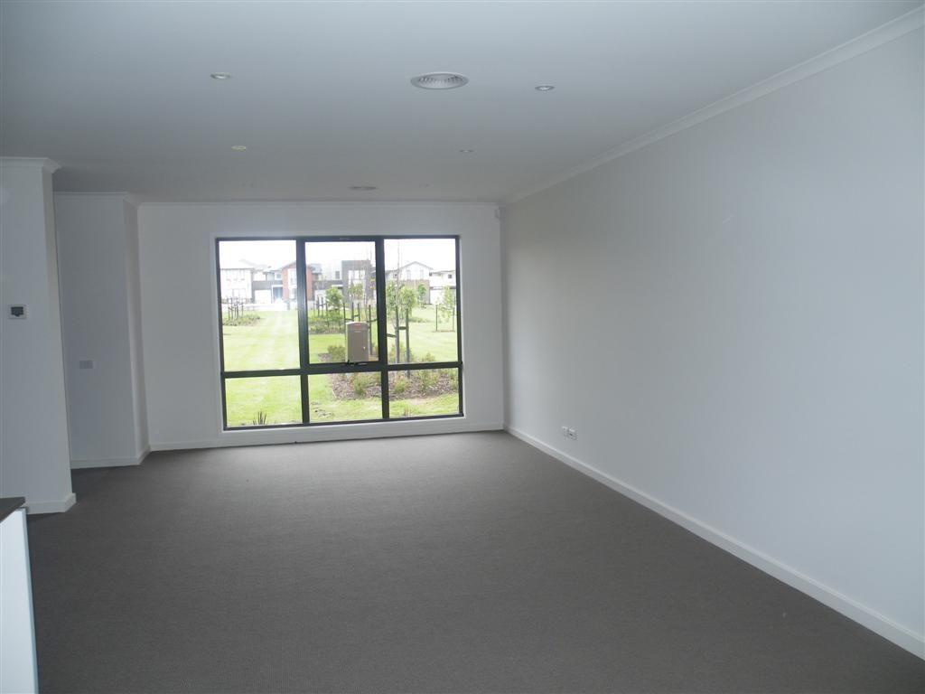 2 Brookefield Lane, Mulgrave VIC 3170, Image 2