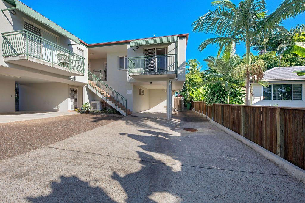 8/5 Vernon Street, Nambour QLD 4560, Image 1