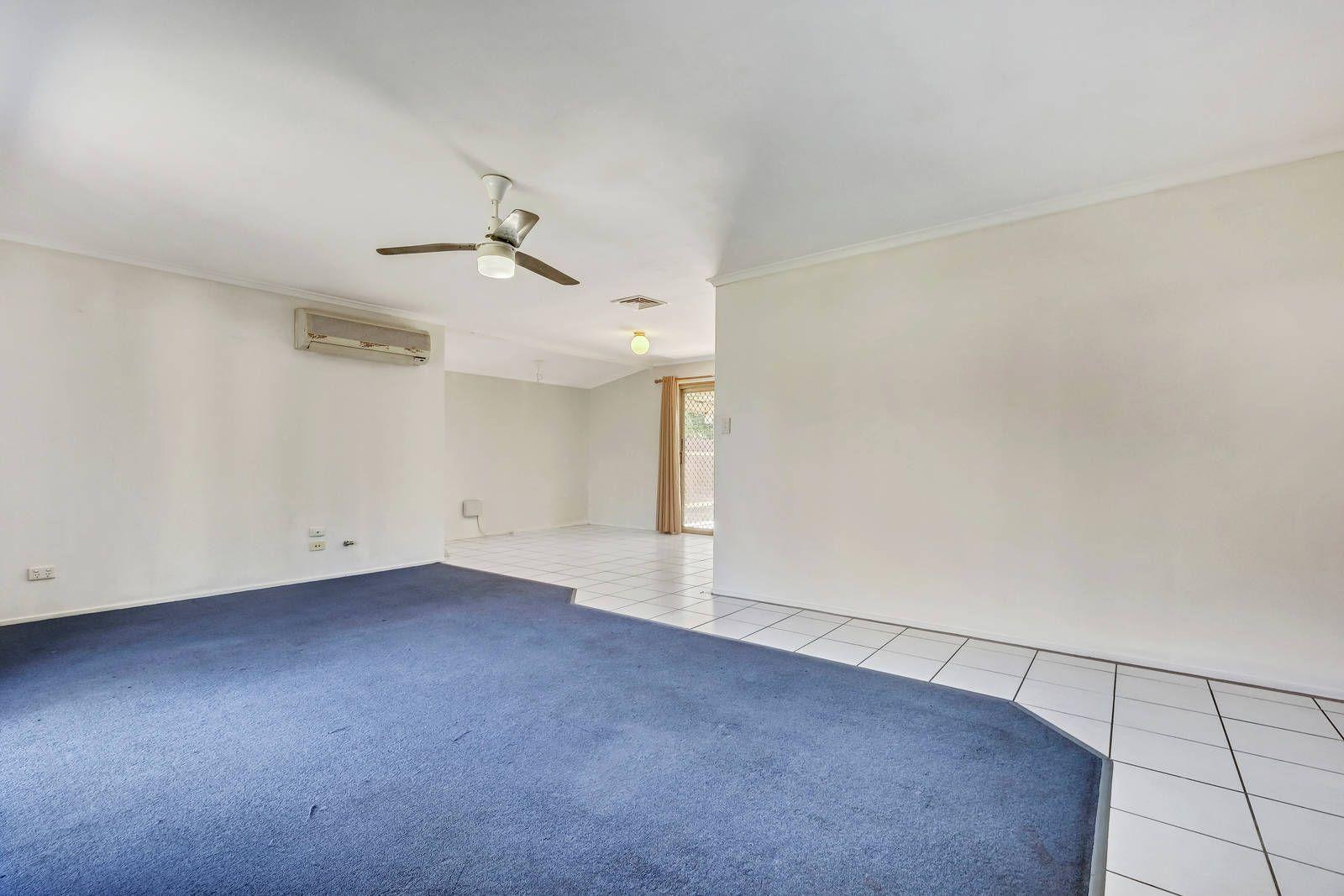 5 & 5A Glencoe Street, Kallangur QLD 4503, Image 2