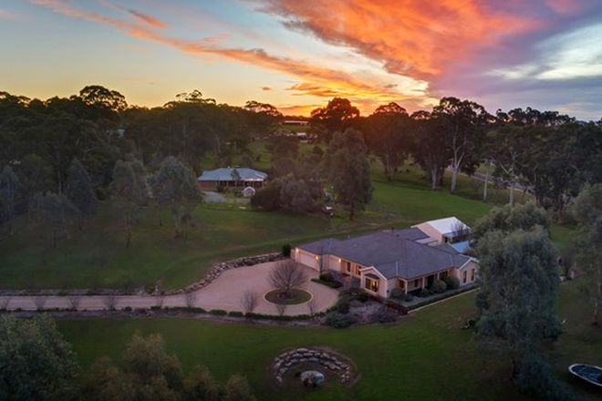 Picture of 96 Lorke Road, WILLIAMSTOWN SA 5351