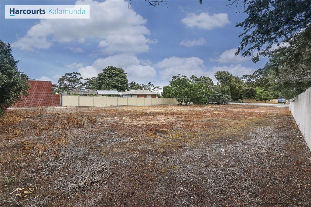 135 Canning Road, Kalamunda WA 6076, Image 0