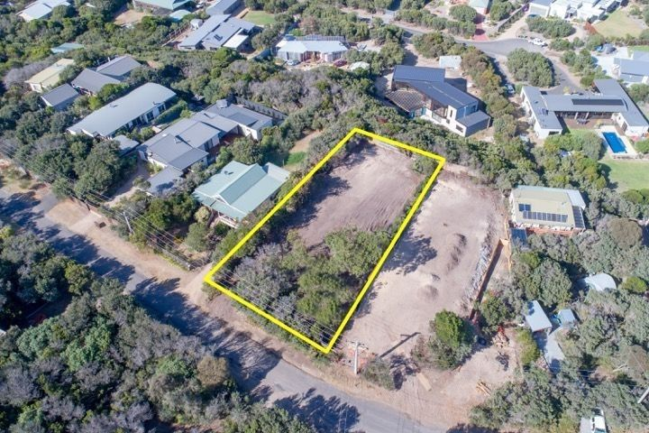 18 Alex Drive, St Andrews Beach VIC 3941, Image 1