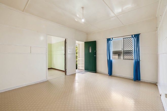 Picture of 24 Elizabeth Street, SOUTH TOOWOOMBA QLD 4350