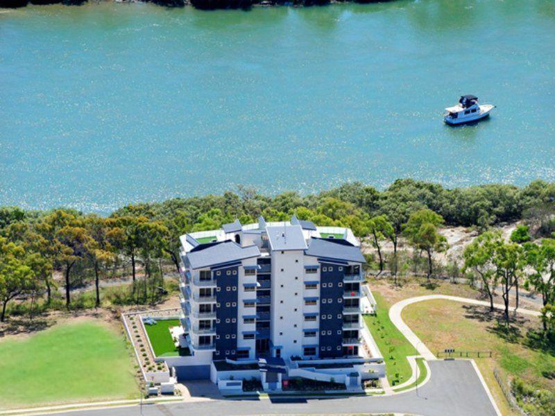 4/2 The Promenade, Boyne Island QLD 4680, Image 0