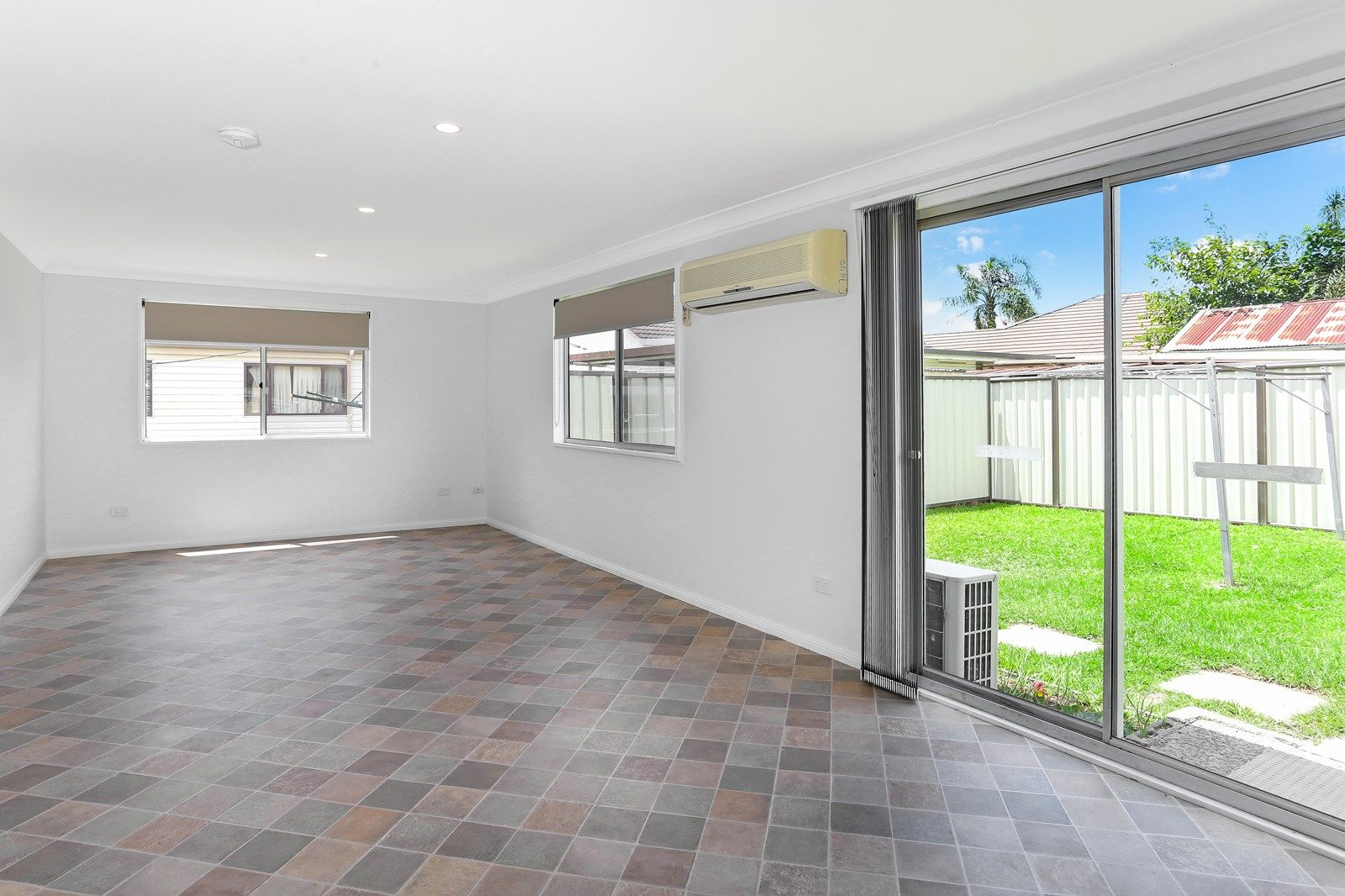 33A Blue Hills Crescent, Blacktown NSW 2148, Image 2