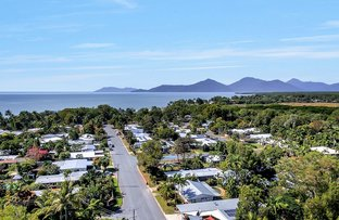Picture of 27 Tamarind Street, Holloways Beach QLD 4878