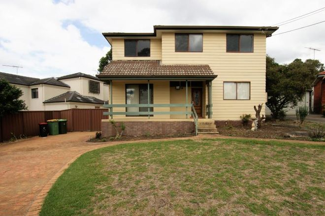 Picture of 10 Uki Avenue, PICNIC POINT NSW 2213