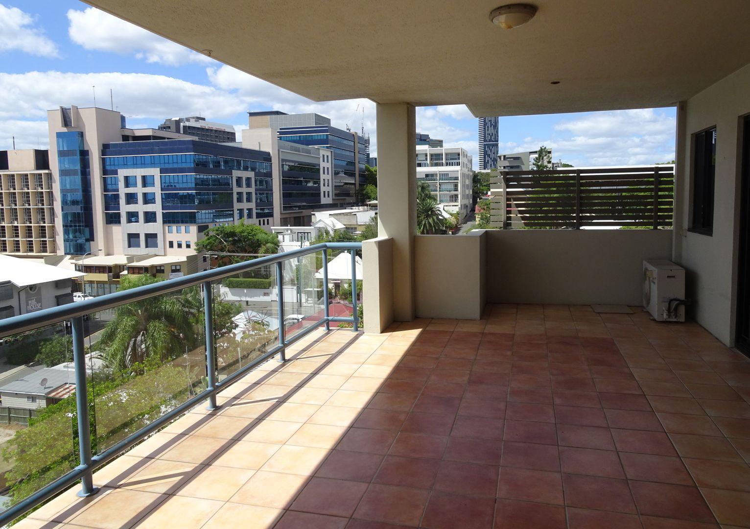 26 Parish St, Spring Hill QLD 4000, Image 0