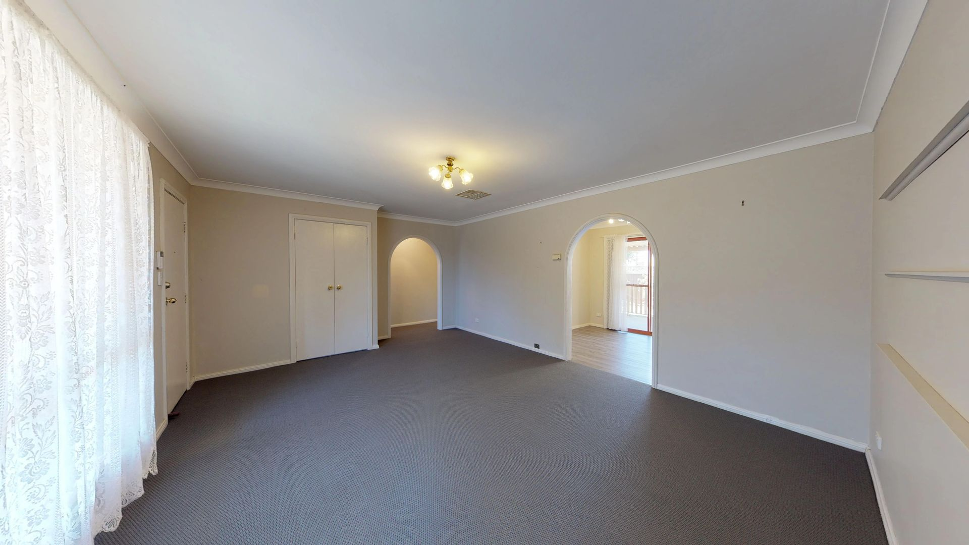 22B Springfield Way, Dubbo NSW 2830, Image 2