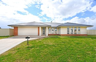 Picture of 1 Norman Close, Leeton NSW 2705