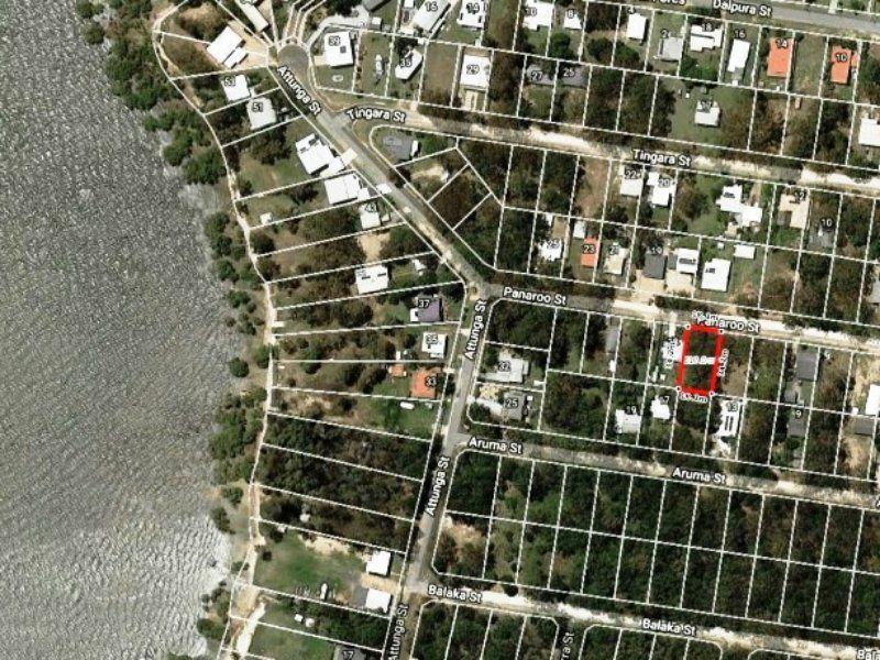 16 Panaroo Street, Macleay Island QLD 4184, Image 0