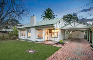 Picture of 16 Ronald Road, Croydon VIC 3136