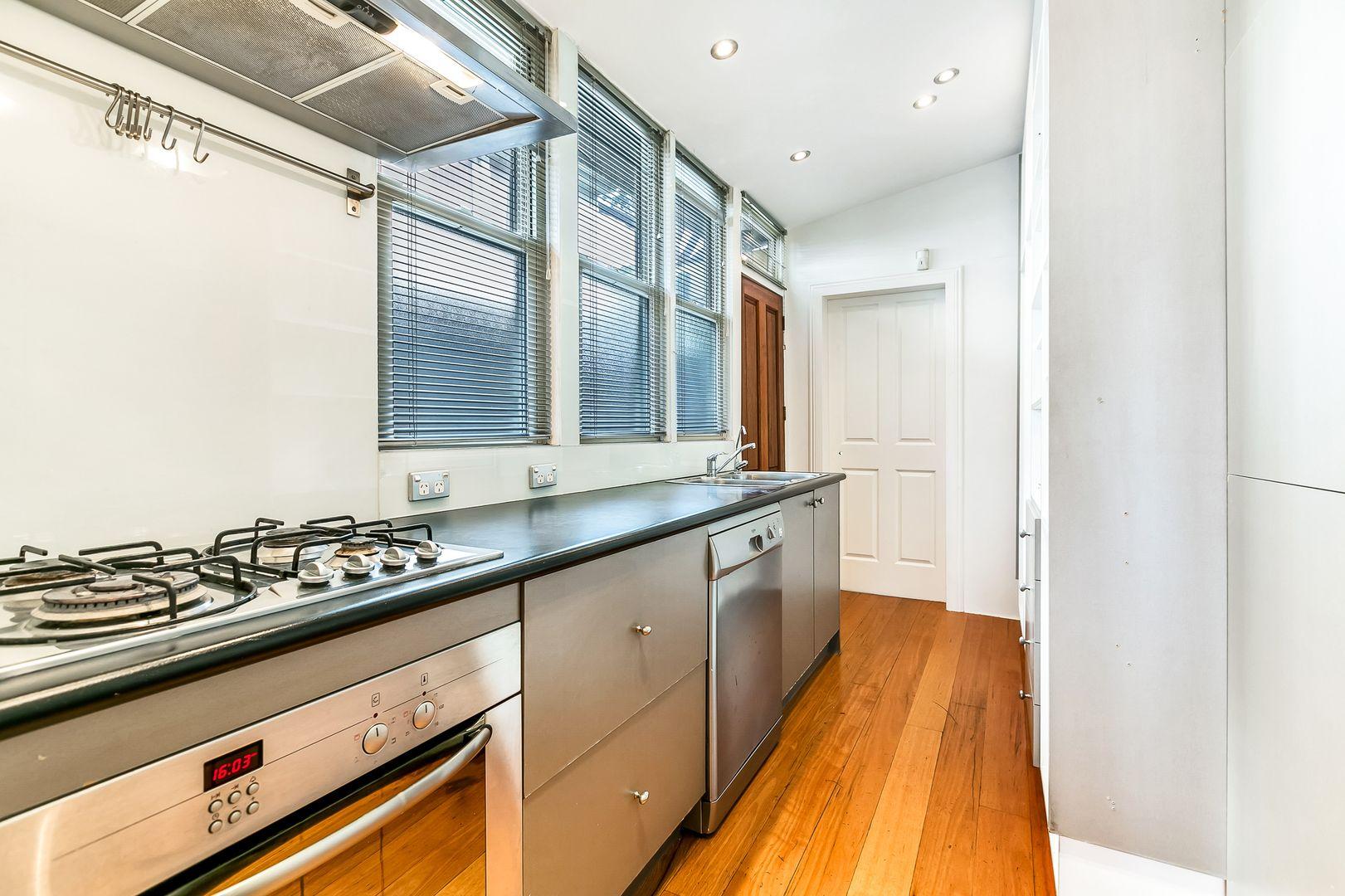 5 Jarrett Street, Leichhardt NSW 2040, Image 2
