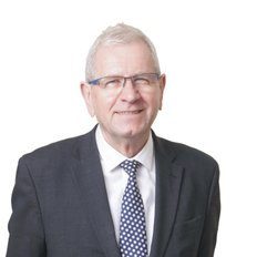 Walter Kubiak, Senior Sales Executive