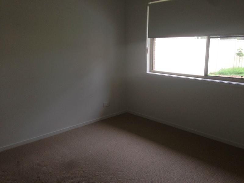 2/12 Acacia Drive, Miles QLD 4415, Image 2