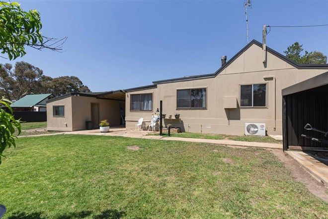Picture of 1 Canary Street, CLANDULLA NSW 2848