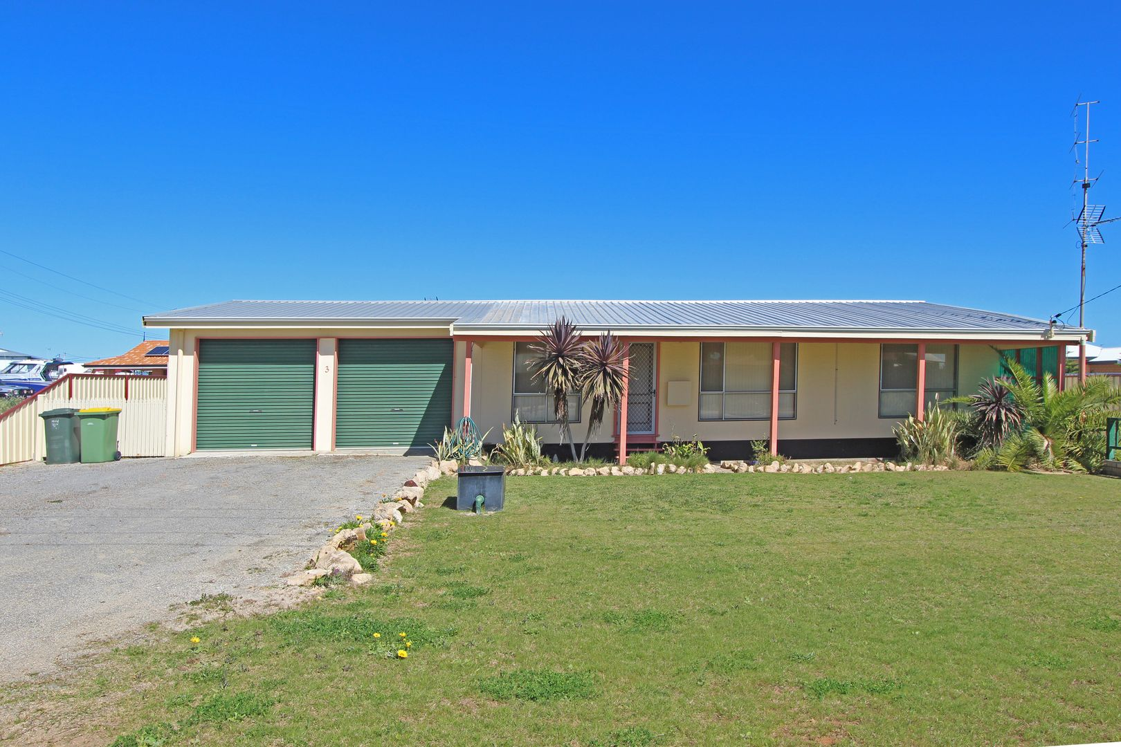 3 Coubrough Place, Jurien Bay WA 6516, Image 0