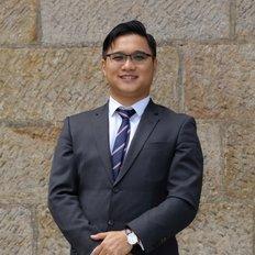 Ivan Li, Sales representative