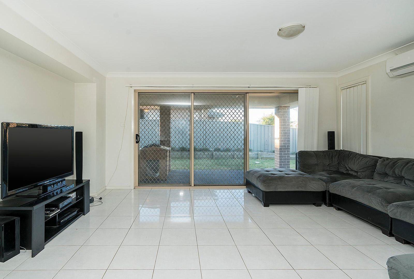1/7 Fonda Avenue, Rutherford NSW 2320, Image 1