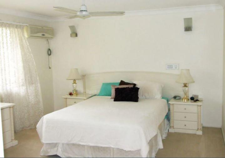 29 Lorikeet Place, Wishart QLD 4122, Image 2