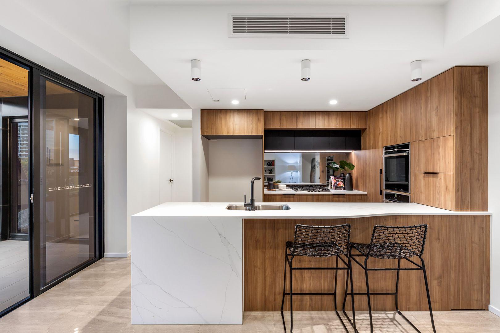 102/9 Lambert Street, Kangaroo Point QLD 4169, Image 2
