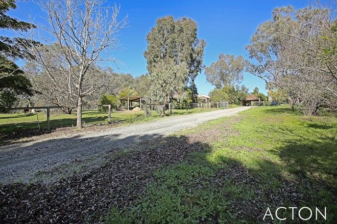 Picture of 24 Hetherington Close, JARRAHDALE WA 6124