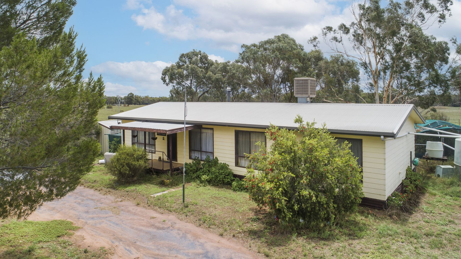 21 Domain Close, Mendooran NSW 2842, Image 2