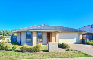 Picture of 77 Seaside Boulevarde, Fern Bay NSW 2295